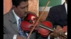 Kuyvanae Kuyvanae – Violin